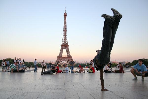 Mengapa Paris Adalah Kota yang Sempurna Untuk Memperkenalkan Break Dance Ke Olimpiade